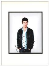 Noel Gallagher Autograph Signed Photo - Oasis